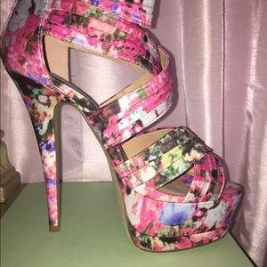 Platform Sandal with a beautiful floral print!